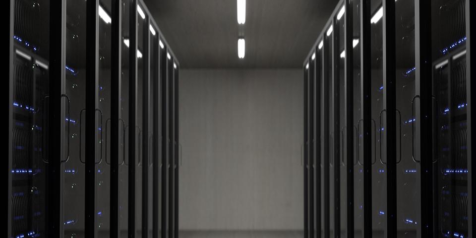 Ξεπερνώντας τις προκλήσεις ψύξης στα Datacenters χωρίς υπερυψωμένο δάπεδο